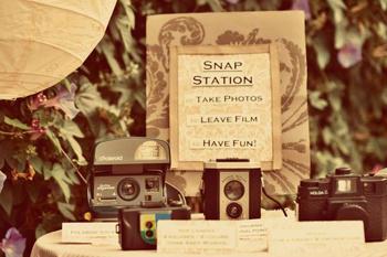 Snap-station