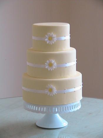 daisy cakes. Daisy Wedding Cake!